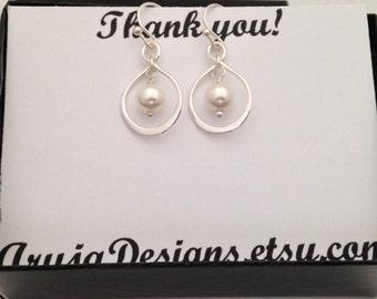 Sterling silver Infinity earrings, Infinity earrings with pearl, figure eight, teardrop infinity, modern, casual, everyday