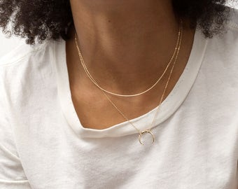 Dainty Collar Necklace / Choker or Short Layering Necklace, Delicate Gold Curve Necklace by Layered and Long, LN192