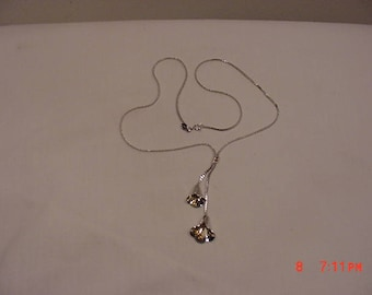 Vintage Avon Bell Flower Necklace   17 - 1296 M