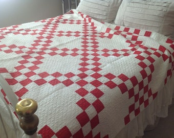Antique cottage farmhouse Americana Fourth of July red and white Irish Chain patterned completely hand sewn quilt