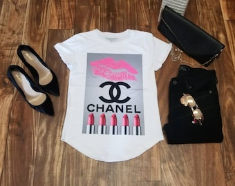 Chanel tshirt Herrreragraphiestshirts/ gucci t-shirt/frida t-shirt / viva la vida/ Chanel Woman's t-shirt/Tee/Graphic Tee/ Statement T Shirt