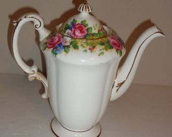 Paragon Tapestry Rose Teapot/Coffeepot By Order Of Her Majesty Fine Bone China Double Warrant Free Standard Shipping in the U.S.A.