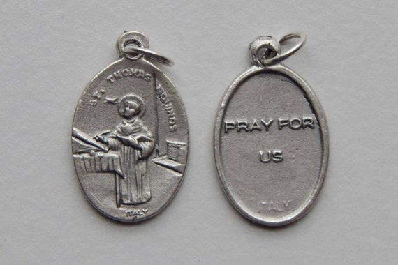 5 Patron Saint Medal Findings - St. Thomas Aquinas, Die Cast Silverplate, Silver Color, Oxidized Metal, Made in Italy, Charm