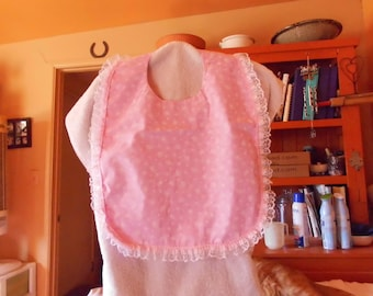 short ladies bib pink with tiny butterfly