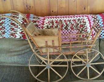 Antique Baby Carriage/Buggy