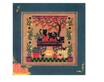 MILL HILL Buttons Beads Kit Counted Cross Stitch Scaredy Cats Halloween Fall