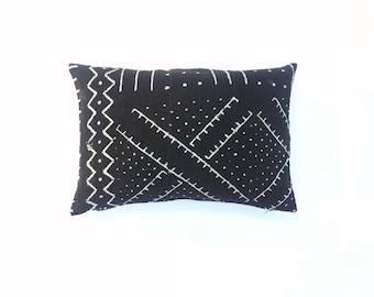 Black Mudcloth Pillow Cover 14 x 20   African Mudcloth Textile Mud cloth Throw Pillow Mudcloth Lumbar Pillow Cushion Cover Tribal Fabric