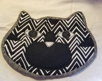 Cat potholder