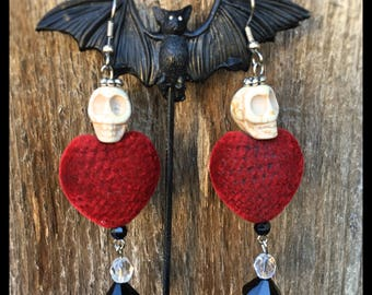 Red Felt Heart Beads and Skull Earrings - Day of the Dead - Gothic - Rockabilly - Skull Earrings