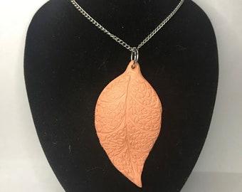 Leaf diffuser necklace