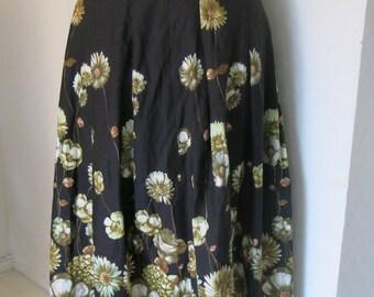Black vintage skirt with flowers