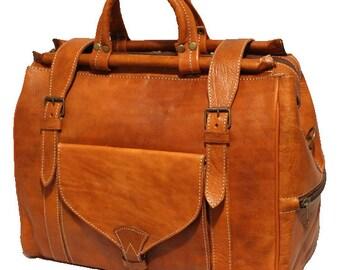 Large light brown vintage leather travel bag