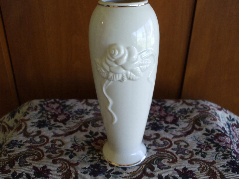 Lenox bud vase embossed roses and gold trim zoom reviewsmspy