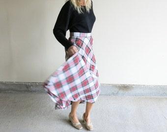 Vintage Christmas Madras Circle Skirt // Plaid Wool Blend Circle Skirt // Holiday Skirt // Vintage Plaid Holiday Midi Skirt //