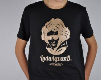 Reloaded! Casual Organic cotton t-shirt. Unisex.