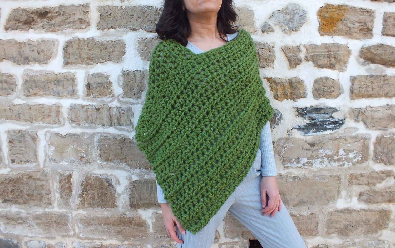 Crochet pattern -Pattern Poncho - Easy crochet poncho pattern ...