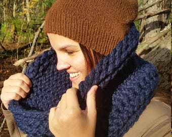 Big Knit Cowl in Navy