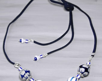 Delft Blue Necklace, Dark blue ceramic necklace, Suede flower necklace, Dutch necklace, Delft jewelry, Ceramic jewelry, blue, white