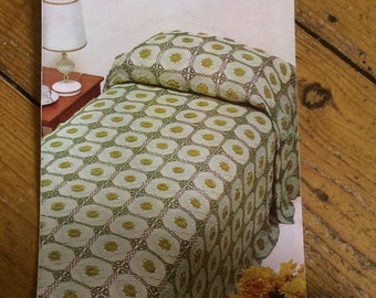 Vintage Crochet Bedspread  Pattern by Coats design no. 1078 - 1970s