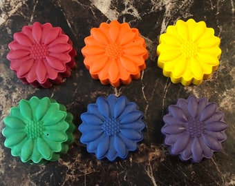 Daisy flower coloring crayons