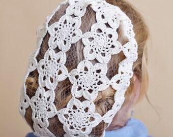 Vintage retro hand crochet and beaded hair snood net - White flowers