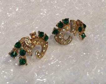 Vintage Green and White Rhinestones Set in Gold Metal Screwback Earrings, Swirl design, Round set Green and Clear Crystal Rhinestones