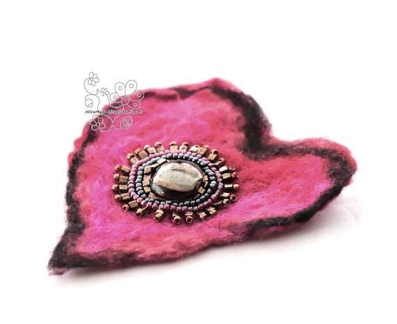 felt heart hair jewlry brooch