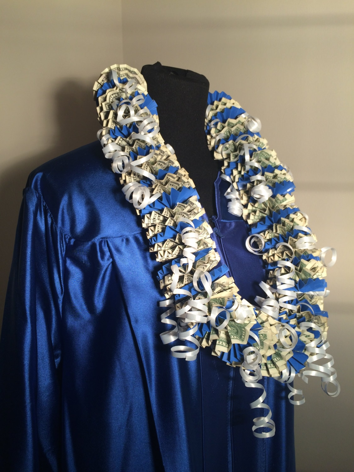 Lei Can Be Made With Construction Paper Yarn Solid: 50 Dollar Money Lei Graduation Lei Cash Lei Dollar Bill
