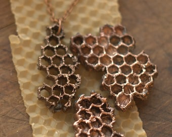 Electroformed honeycomb necklace, electroplated honey comb copper pendant, eco friendly,boho bee jewelry,metal beelover hexagon,bees present