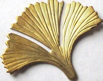 Raw Brass Ginkgo Leaf Pendants (M735)