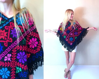 vtg 70s COLORFUL Mexican Embroidered FRINGE CAPE os ethnic southwestern black rainbow hippie knit jacket poncho