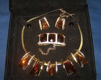 French, elegant vintage Art Deco necklace/bracelet/earings set,   silver tone with faceted amber coloured stones.