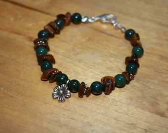 Flower charm bracelet with moss agate and tiger eye