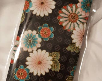 Multi-FLower Checkbook Cover, Receipt or Coupon Organizer, Money Wallet,