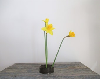 Flower Frog, Solid Brass Frog, Vintage Flower Frog, Ikebana, Flower Arrangements,  Card Holder, Photo Holder, Place Card Holder