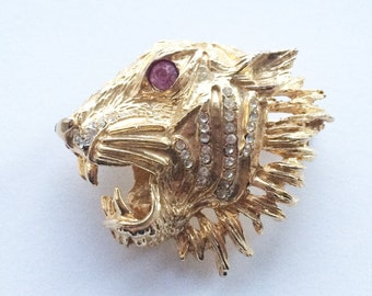 Vintage Gold tone tiger  Brooch with gem and pink detail