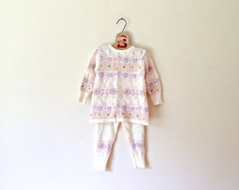 Vintage Cream And Lavender Knit Sweater/Pant Set (Size 12 Months)