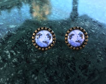 Frida kahlo and Diego Rivera kiss stud earrings black and white photo in a silver frame