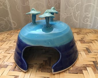 Porcelain Toad House in Aqua and Cobalt Blue