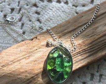 Sea Glass Worry Pendant Green