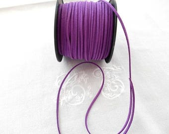 Suede 3 mm iridescent purple color.