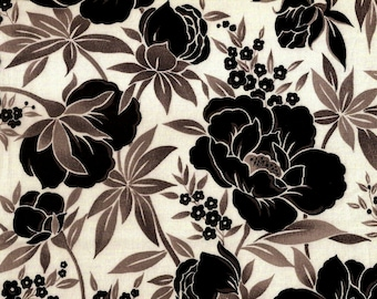 Black and White Flower Fabric – 100% Cotton