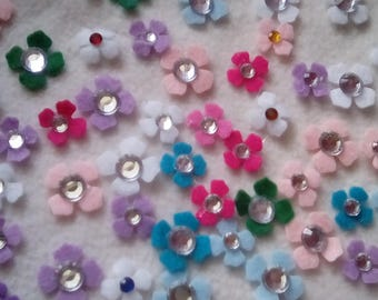 100 Assorted Random Mix Die Cut Lilac Felt Applique Flowers with Acrylic Jewels-Small and Large-Bobby Pins-Headbands-Hair Clips.