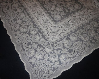 UNUSED White Lace Tablecloth 72X60