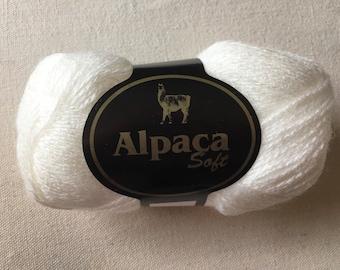 100% alpaca yarn white 50 gram skeins