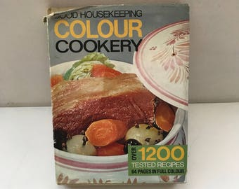 Good Housekeeping Color/Colour Cookery Book 1975