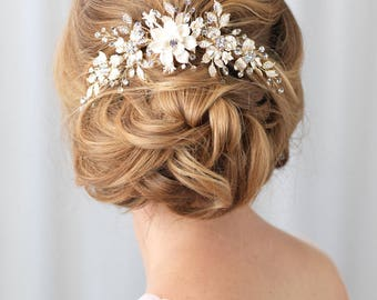 Gold Bridal Hair Comb, Floral Gold Hair Comb, Gold Headpiece, Gold Bridal Back Comb, Floral Bridal Hair Comb, Bridal Headpiece ~TC-2303