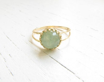 Jade ring - Natural Jade ring - Jade gemstone ring - Gold ring - Gold Jade ring - Gemstone ring - Jade jewelry - Green ring - May birthstone