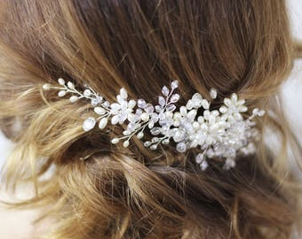 Flower hair comb Crystal hair comb Floral headpiece Floral hair comb Wedding comb Bridal headpiece Pearl hair piece Pearl hair accessory