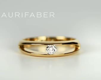 Solitaire diamond ring for women. Single brilliant cut diamond ring 0.10ct W/vs. Nordic design ring. Simple minimalistic ring for her.